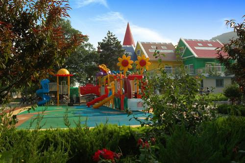 4.童话幼儿园.jpg